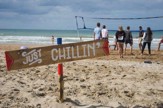 Sur la plage, durant le festival Cabourg, mon amour.