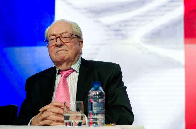 S'il veut suspendre Jean-Marie Le Pen de sa fonction de président d'honneur, le Front national devra bien organiser un congrès « physique ».