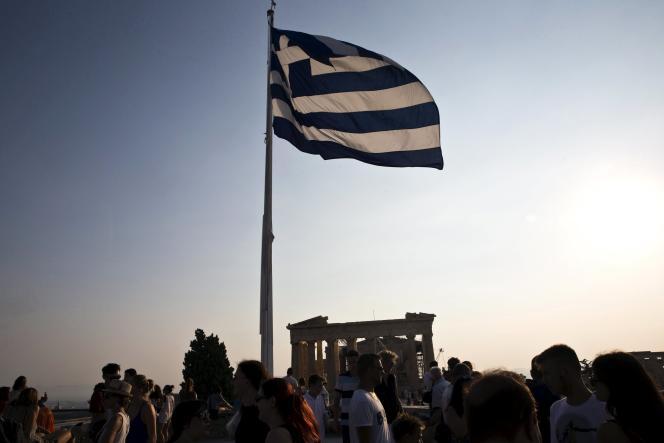 Depuis des mois, les discussions piétinaient entre Athènes, les pays de la zone euro etle Fonds monétaire international, ce qui bloquait la poursuite du troisième plan d'aide.