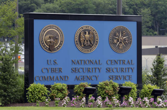 Le géant des télécoms AT&T a permis à la NSA d'avoir accès à des milliards de courriels échangés sur le territoire américain, selon des documents d'Edward Snowden.