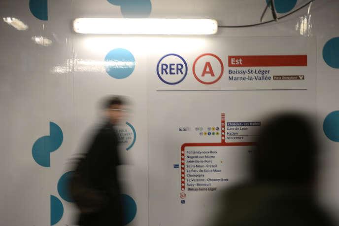Le trafic du RER A était complètement interrompu mercredi 12 août depuis 20heures entre Auber et Boissy/Marne-la-Vallée, a annoncé la RATP.