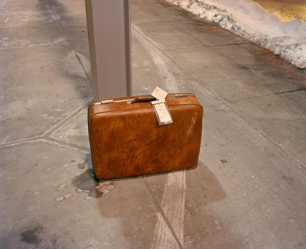 Une valise loin de son propriétaire, à Denver.