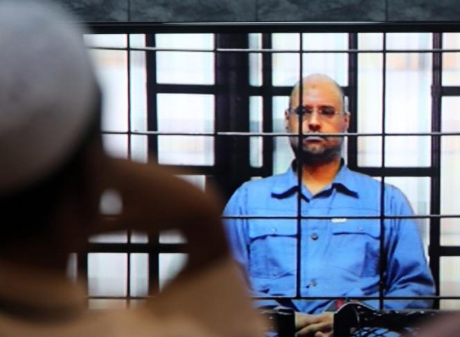 Saïf Al-Islam Kadhafi devant un tribunal de Zenten en mai 2014.