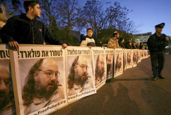 Rassemblement pour la libération de Jonathan Pollard à Jérusalem en novembre 2005.