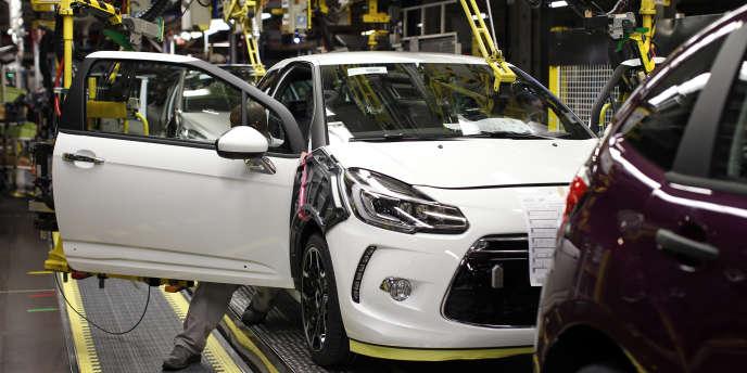 L'usine Peugeot de Poissy (Yvelines) serait l'une des plus affectées par le plan de départs volontaires.