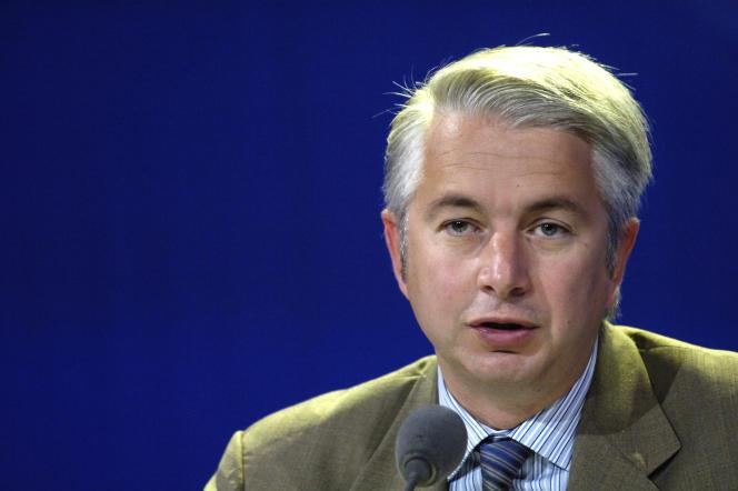 Le directeur général de l'institut de sondage Ipsos, Pierre Giacometti, le 16 mai 2006, à Paris.
