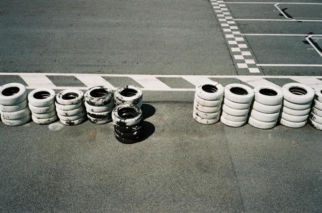 Le circuit de karting de Gréville, près de La Hague, a des airs de minicircuit de Formule 1.