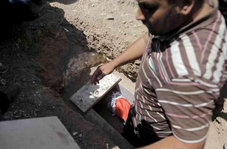 L'enterrement du bébé palestinien à Douma.
