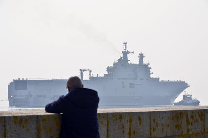 Les deux navires sont amarés au port de Saint-Nazaire depuis fin 2014.