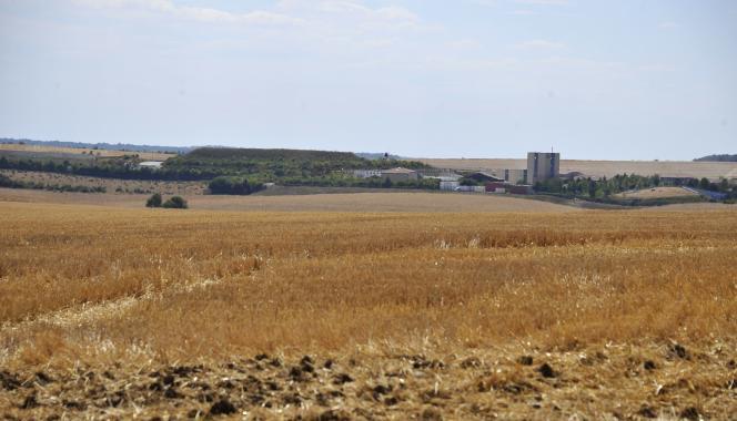 Août 2015, à Bure. Les bâtiments de surface du laboratoire sous-terrain de l'Agence nationale pour la gestion des déchets radioactifs (Andra).