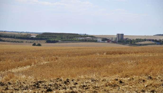 Les bâtiments de surface du laboratoire sous-terrain de l'Agence nationale pour la gestion des déchets radioactifs (Andra) à Bure en août 2015.