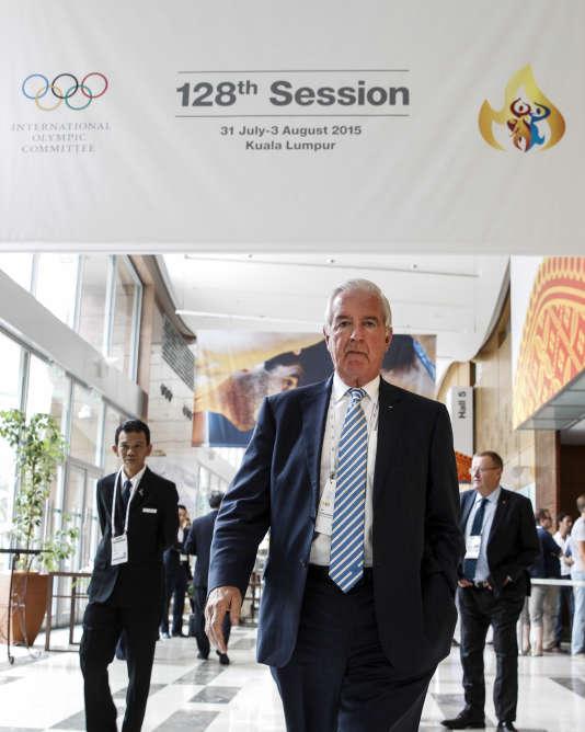Le président de l'Agence mondiale antidopage, Craig Reedie, le 2 août à Kuala Lumpur, lors de la 128e session du Comité international olympique.