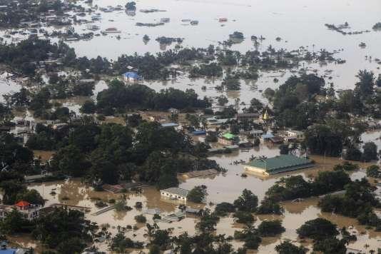 Le village de Kalay inondé, dans l'Etat du Sagaing, dans le centre de la Birmanie.