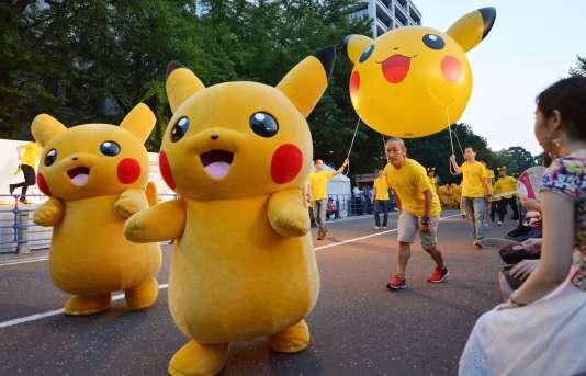 Une parade Pikachu à Yokohama (Japon) le 2 août.