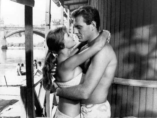 """Marisa Allasio et Maurizio Arena dans """"Pauvres mais beaux"""", de Dino Risi (1956)"""