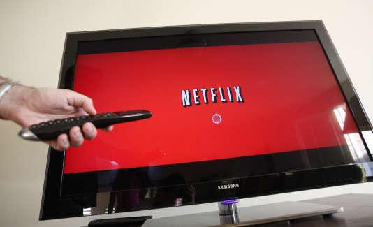 En juillet 2010, un spectateur utilise Netflix à Palo Alto, Californie.
