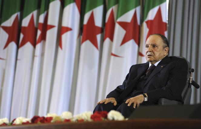 Le président algérien, Abdelaziz Bouteflika, après sa prestation de serment pour un quatrième mandat, le 28 avril 2014, à Alger.