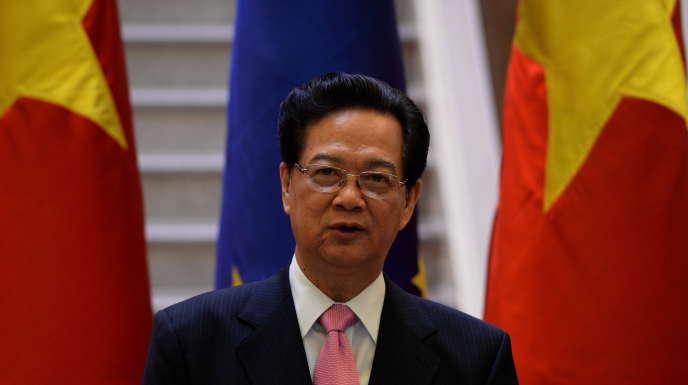 Le premier ministre vietnamien Nguyen Tan Dung lors d'un discours à Hanoï en compagnie de l'ancien président de la Commission européenne, José Manuel Barroso, en 2014.