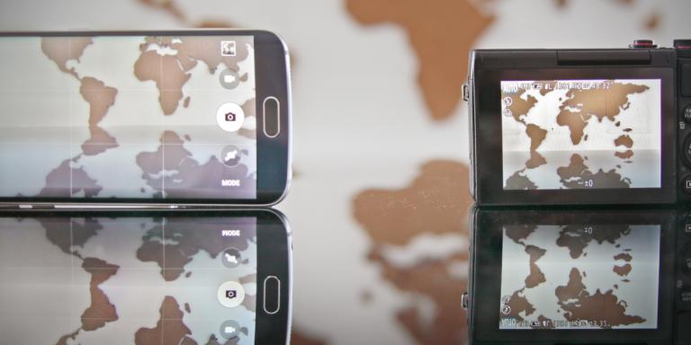 Smartphone VS appareils photos compacts.