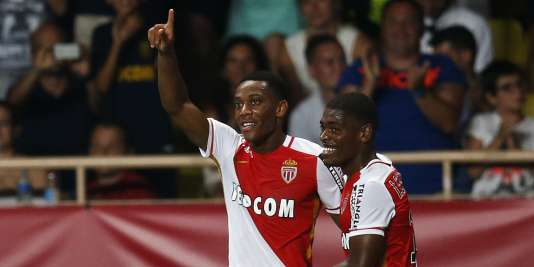 Anthony Martial (à gauche) et Ivan Cavaleiro célèbrent la victoire de Monaco contre les Young Boys de Berne mardi 4 août.