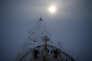 """Précédés d'un brise-glace nucléaire, des tankers naviguent sur la """"route du Nord"""" en février 2015."""