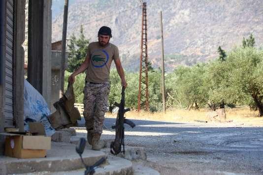 Un combattant du Front Al-Nosra dans Safsafa, en août 2015.