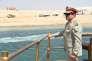 Abdel Fattah al-Sisi à bord d'un bateau navigant sur la nouvelle voie d'eau du canal de Suez le 6 août 2015.