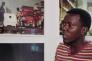 """Kiripi Katembo Siku présente ses oeuvres à l'occasion de l'exposition """"Beauté Congo"""".  en juillet 2015"""