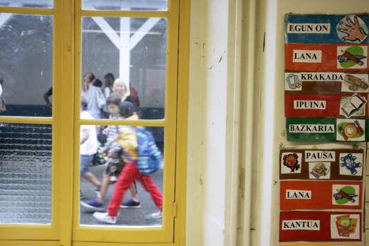 Une école maternelle privée bilingue français-basque, à Biarritz.