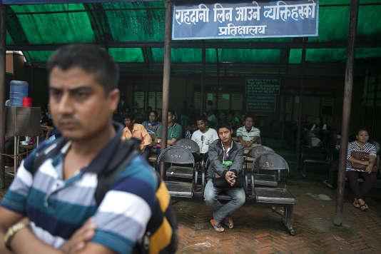Sept des 30 millions de Népalais travaillent à l'étranger.