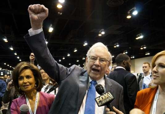 Le milliardaire Warren Buffett, lors de l'assemblée générale de Berkshire Hathaway, à Omaha (Nebraska), le 2 mai 2015.