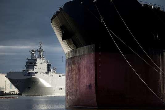 Le navire Mistral « Vladivostok » commandé à la France par la Russie, en décembre 2014.