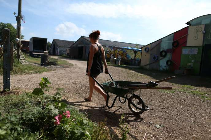 Dans la ZAD de la ferme des Bouillons, à Mont-Saint-Aignan, le 6 août. Les activistes ont été évacués le 19 août.