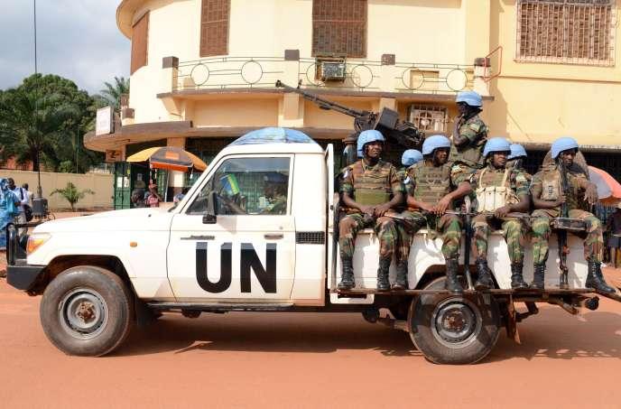 Des soldats rwandais de la Mission de l'ONU en Centrafrique (Minusca) à Bangui, le 9 décembre 2014.