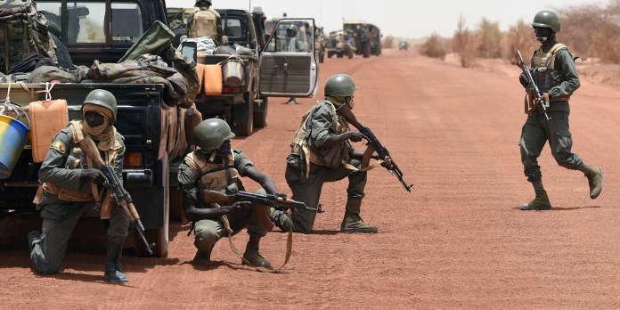 Mali : dix-neuf morts dans l'attaque d'un camp de gendarmes à Sokolo