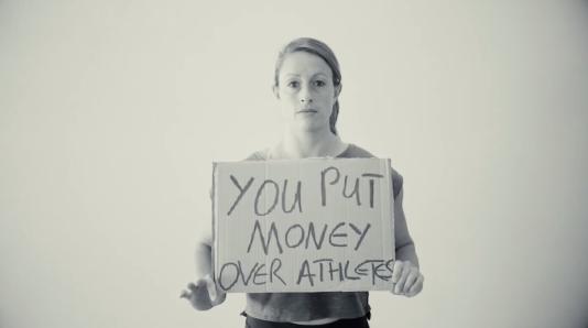 """Capture d'écran de la vidéo """"Dear IAAF U damaged our sport this is what we have to say""""."""