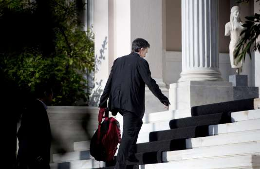 Le ministre des Finances grec Euclide Tsakalotos à Athènes le 5 août 2015.