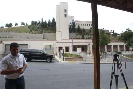 Une fusillade éclatait devant le consulat américain, toujours à Istanbul.