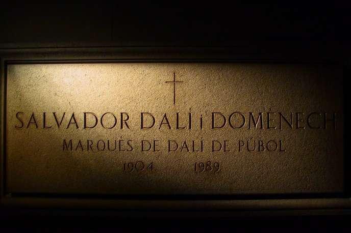 La tombe de Salvador Dali, à Figueras.