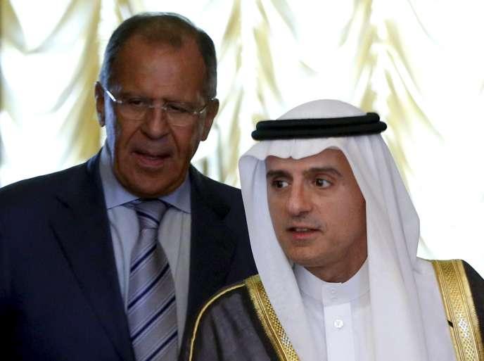 Le ministre russe des affaires étrangères Sergueï Lavrov et son homologue saoudien Adel Al-Jubeir, le 11 août à Moscou.