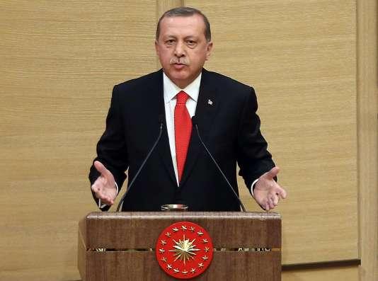 Le président turc, Recep Tayip Erdogan, durant une cérémonie militaire le 11 août.