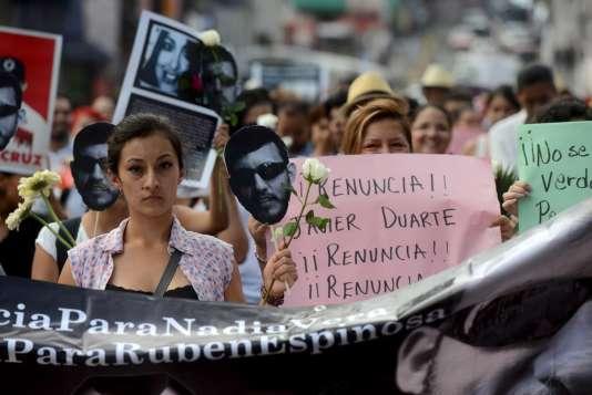 Ruben Espinosa et quatre femmes ont été abattus d'une balle dans la tête dans un appartement de Mexico.