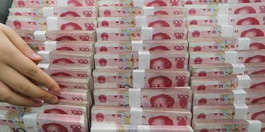 Pékin ambitionne d'élargir l'usage de sa monnaie hors de ses frontières en obtenant son inclusion dans les droits de tirage spéciaux (DTS), l'unité de compte du Fonds monétaire international.