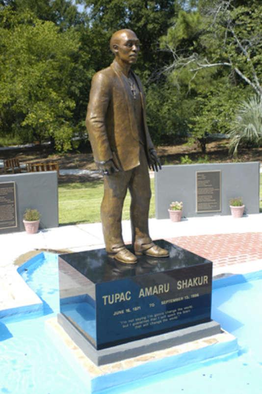 Le mémorial pour Tupac Shakur que sa mère a fait construire à Atlanta.