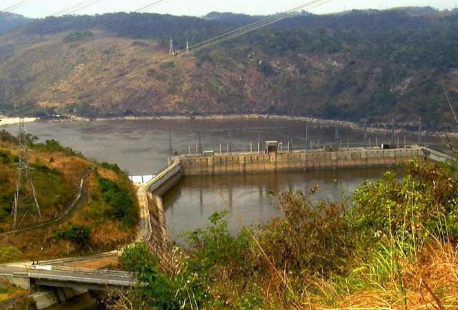 Une partie de l'usine hydro-électrique d'Inga en République Démocratique du Congo en août 2011.
