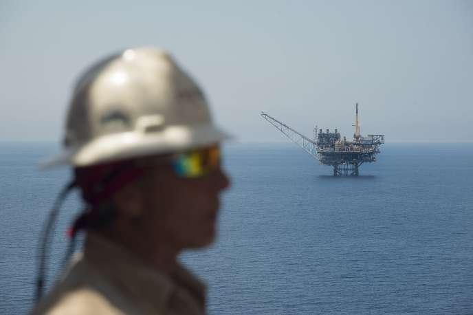 La plateforme Mari-B, vue depuis Tamar, site offshore israélien.
