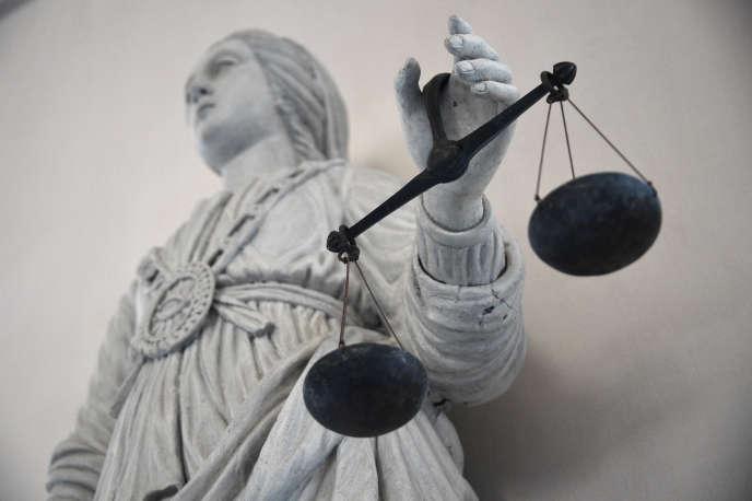 Un ancien pédiatre a été condamné à quatre ans de prison, dont trois avec sursis, jeudi 13 août, par le tribunal correctionnel d'Angers.