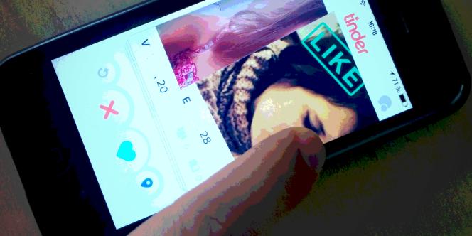 L'application Tinder sera désormais réservée aux personnes majeures.