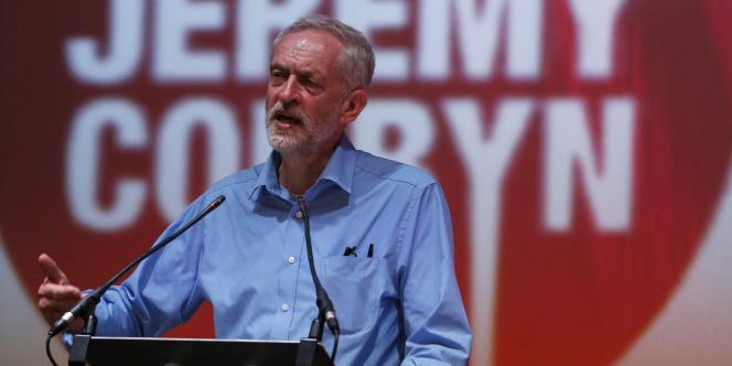 Jeremy Corbyn en meeting à Aberdeen en Ecosse, le 13 août.