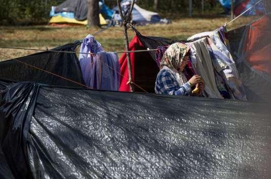 Une réfugiée dans le camp autrichien de Traiskirchen, le 31 juillet.